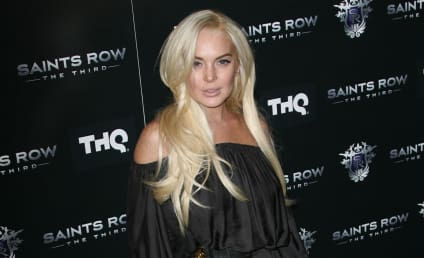Neighbors to Lindsay Lohan: AND Stay Out!