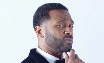 Mike Epps: Busted By Wife Trying to DM Another Woman!