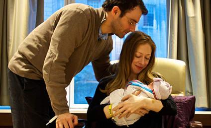 Chelsea Clinton Baby Photos: First Adorable Look!
