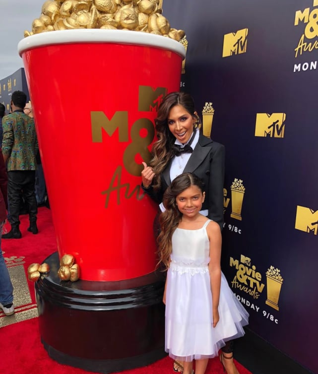 Farrah and sophia mtv movie awards red carpet