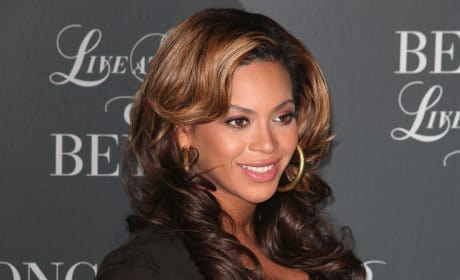 Pregnant Beyonce Photo