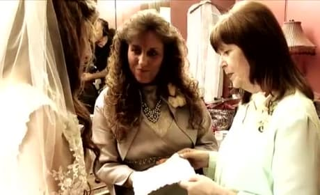 Duggar Women Reveal Unique Wedding Dress Tradition: WATCH!