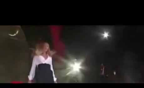 Beyonce Wardrobe Malfunction