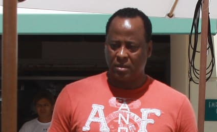 Dr. Conrad Murray to Keep Medical License For Now; Joe and Katherine Jackson Attend Hearing