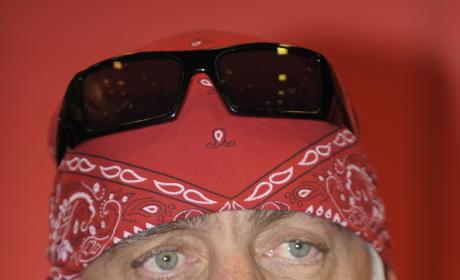 Should Hulk Hogan shave off his mustache?