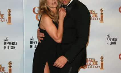 Jennifer Aniston Hearts Gerard Butler
