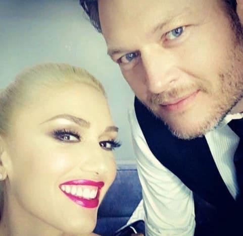 Gwen Stefani and Blake Shelton Selfie