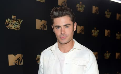 Zac Efron at 2017 MTV Awards