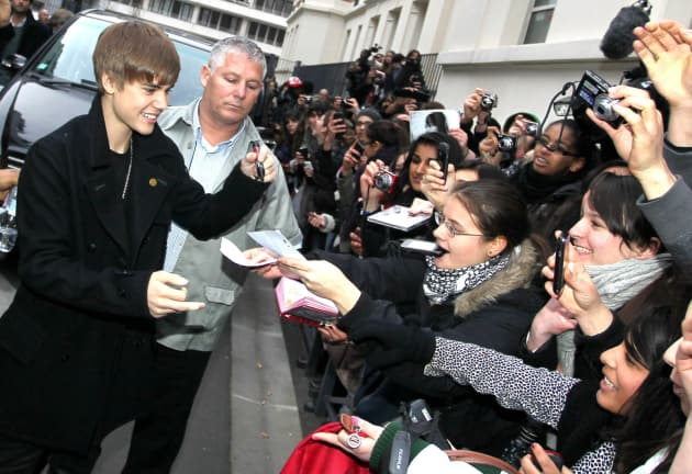 Biebs and Fans