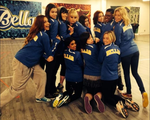 Pitch Perfect 2 Cast Pic
