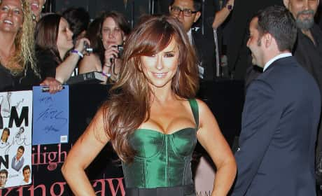 Jennifer Love Hewitt at Breaking Dawn Premiere
