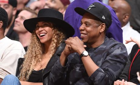 Beyoncé And Jay Z At Oklahoma City Thunder v Los Angeles Clippers