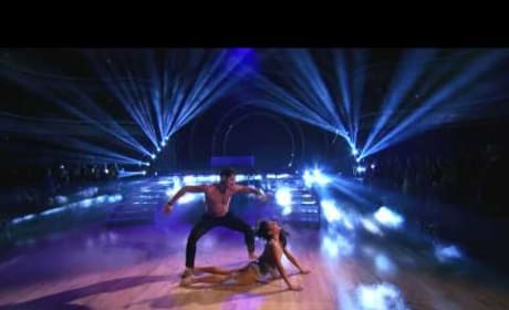 Janel Parrish & Val Chmerkovskiy - Freestyle (Dancing with the Stars Finals)