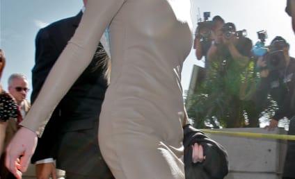 Lindsay Lohan Somehow Dodges Bullet, Escapes Jail AGAIN in Theft Case