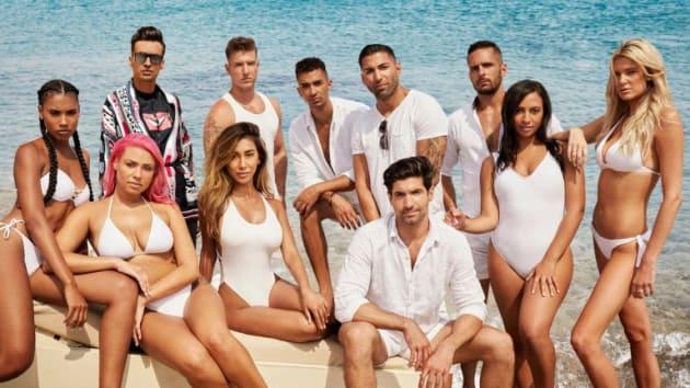 Lindsay Lohan: Beach Club CLOSED! Reality Show CANCELED ...