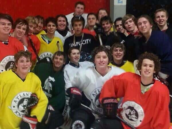Justin Bieber with Hockey Team