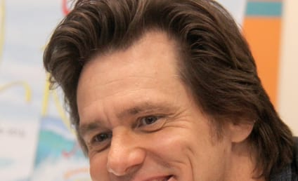Jim Carrey Apologizes for Mocking Assault Rifle Fans
