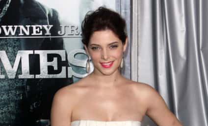 Fashion Face-Off: Ashley Greene vs. Rachel McAdams