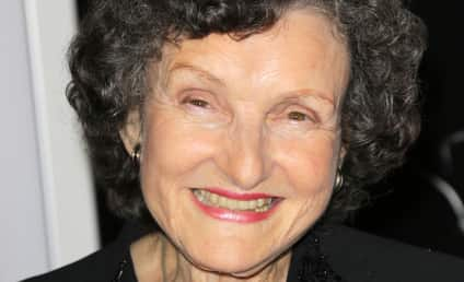Angela McEwan Dies; Beloved Actress Was 81