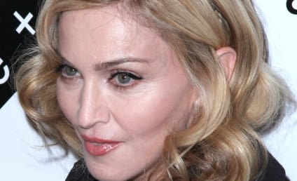 Madonna Signs Deal with H&M Fashion