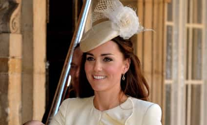 Kate Middleton Fashion: Christening Dress, Accessories Revealed!