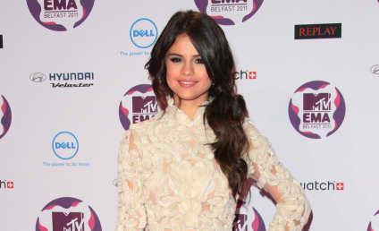 MTV Europe Music Awards Fashion Face-Off: Selena Gomez vs. Hayden Panettiere