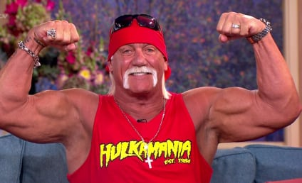 Gawker Files For Bankruptcy Following Hulk Hogan Sex Tape Lawsuit; Thousands of Snarky Commenters in Mourning