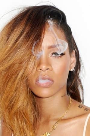 Smoking Rihanna Picture