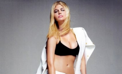 Kate Upton: Curvy, Confident in Vogue