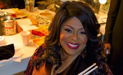 Kim Burrell: I Love Gay People! They'll Just Burn in Hell!