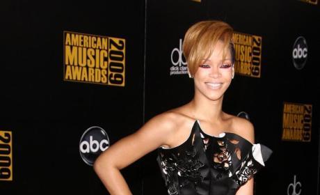 Rihanna: AMA Style