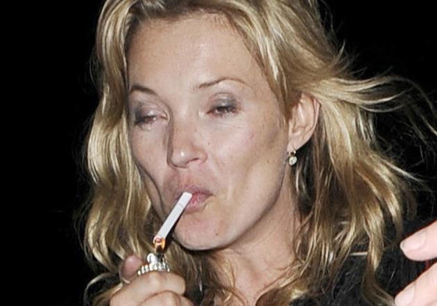 Kate Moss Smoking