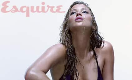 Jennifer Lawrence Bikini Photos: THG Hot Bodies Countdown #6!