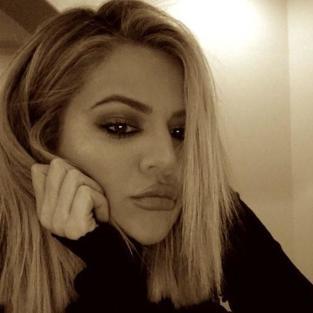 Khloe Kardashian: Melancholy Selfie