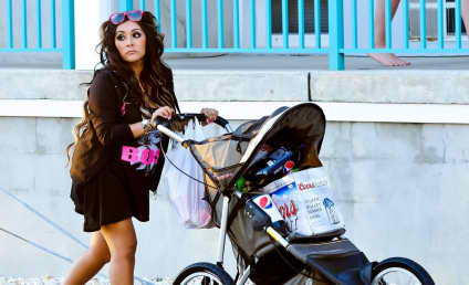 Pregnant Snooki Pushes 30-Pack of Beer Around in Stroller