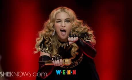 Madonna: Naked Selfie Reveals Scar?
