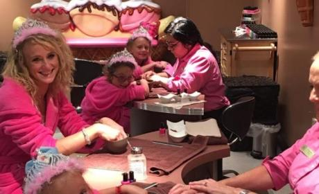 Leah Messer With Daughters Photo