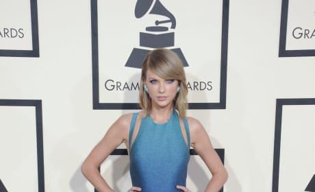 Taylor Swift at 2015 Grammys