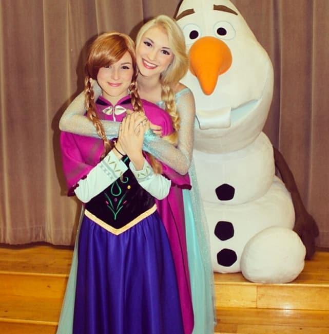Pretend Elsa, Anna and Olaf
