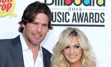 Carrie Underwood: Engaged to Mike Fisher!