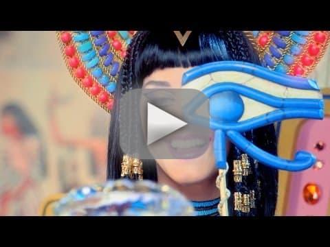 Katy Perry and Juicy J - Dark Horse