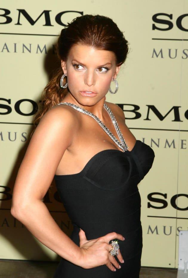 Jessica Simpson, Breasts