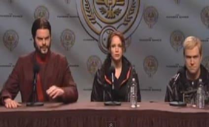 Jennifer Lawrence as Saturday Night Live Host: Grade Her!