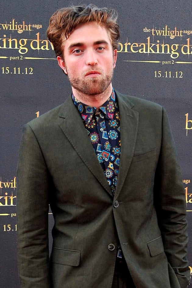 Unshaven Robert Pattinson