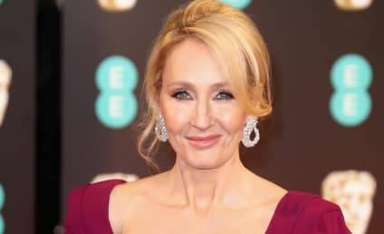 J.K. Rowling OWNS Piers Morgan in Greatest Subtweet Ever