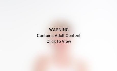 Miley Cyrus Crotch Grab Pic