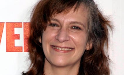 Amanda Plummer Cast in Catching Fire As...