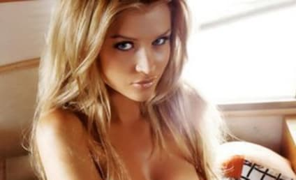 """Joanna Krupa: Psyched to be a """"Sexpot"""""""