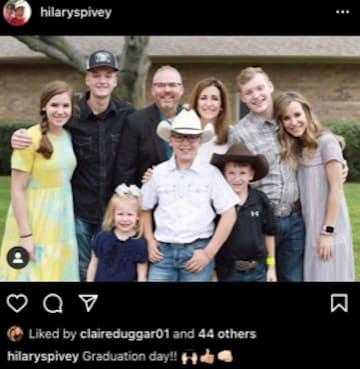 كلير سبيفي حامل؟