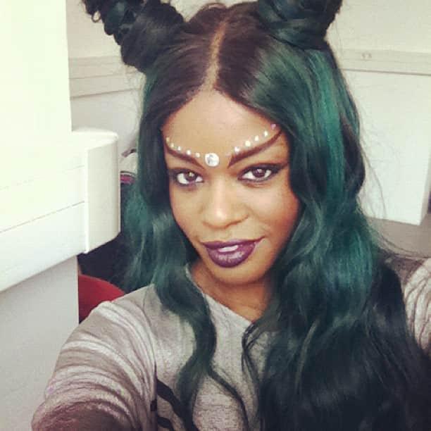 Azealia Banks with Green Hair